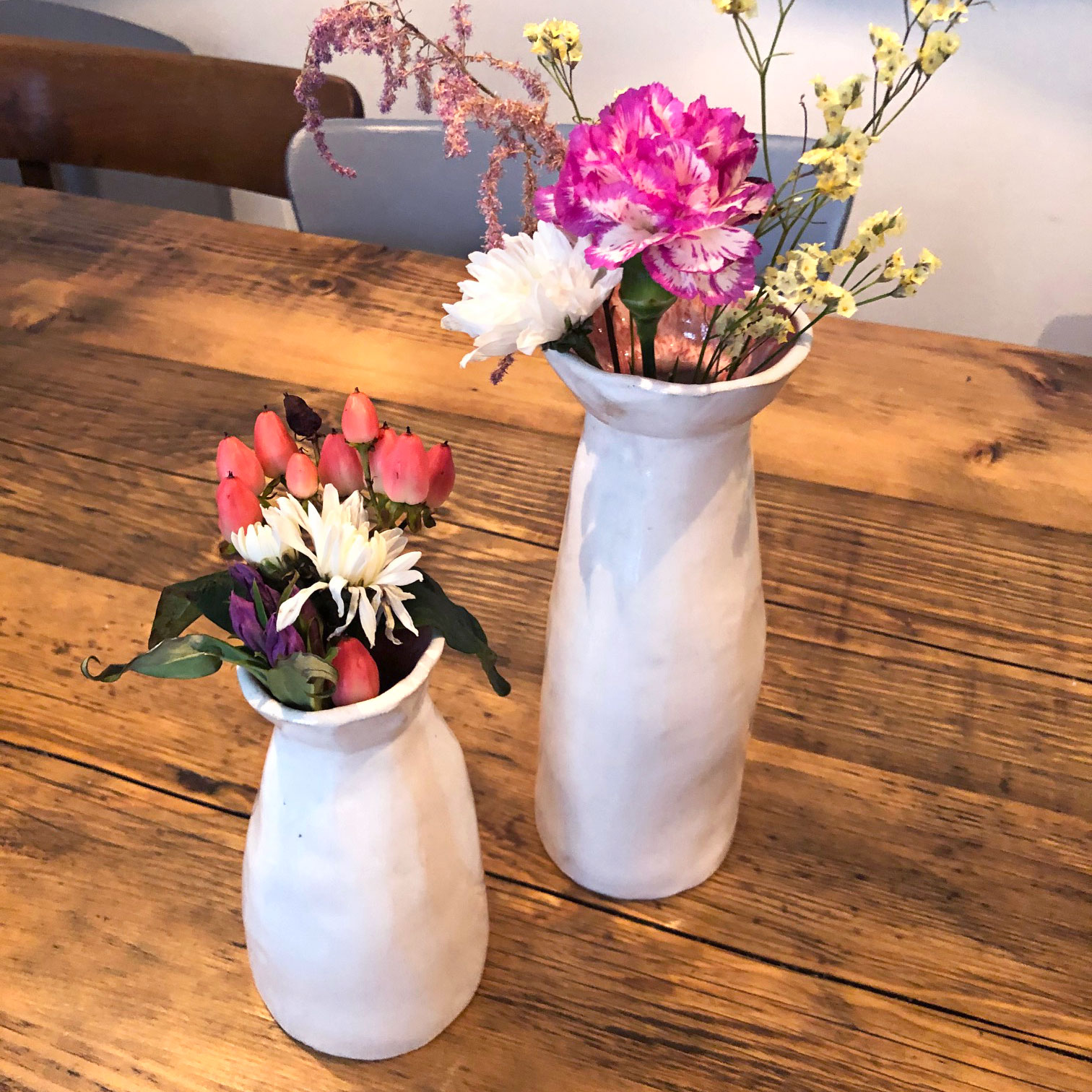 irma-und-heidi-keramik-anemonen-vasen-doppel-m